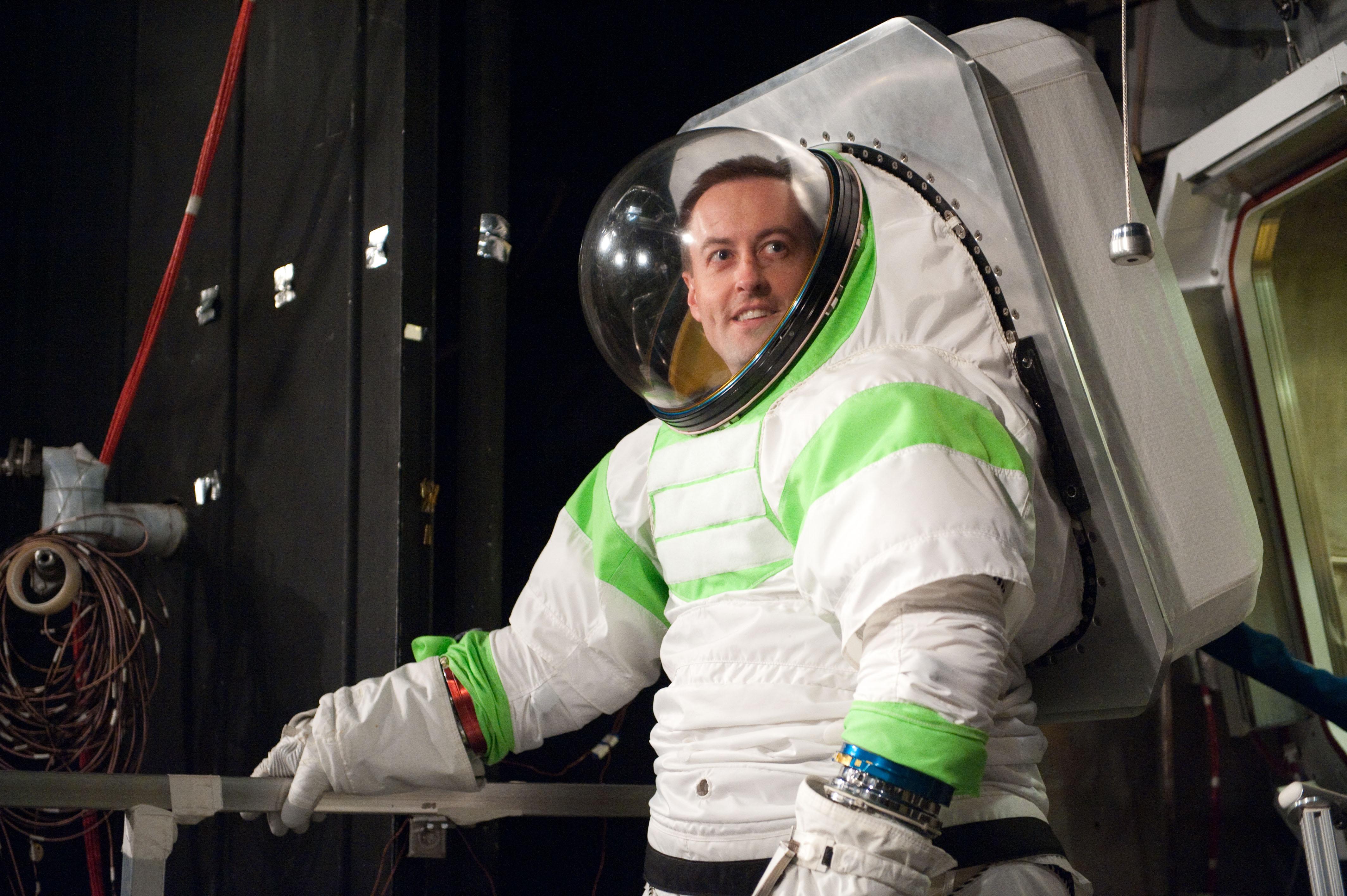 hd nasa space suit design - photo #22