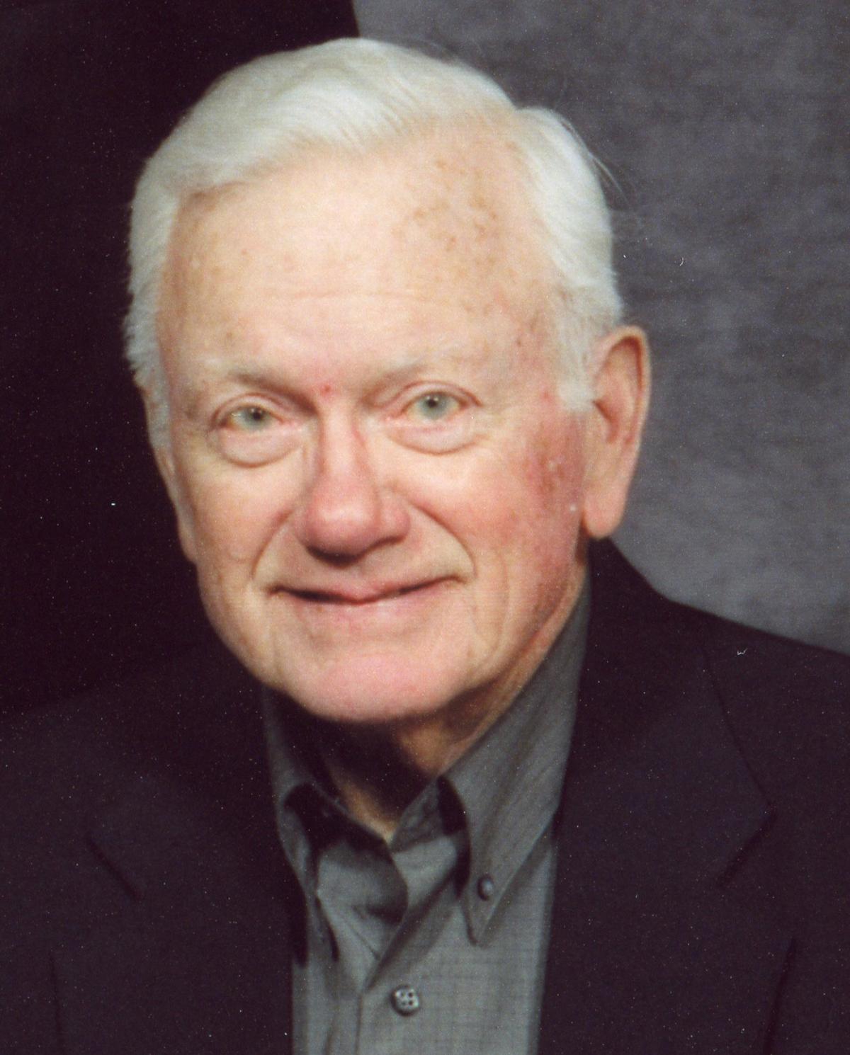 Dennis Schneider