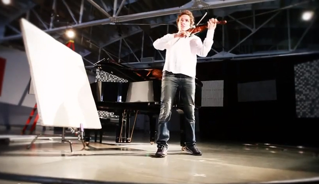 "Violinist Tim Fain performs for the short documentary ""KANEKO Experimental Studio: Portals."" Screenshot from YouTube."