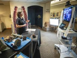 Annie Mumgaard, virtual learning coordinator for the University of Nebraska State Museum, gives a virtual tour to more than 120 young students in 2020.  Craig Chandler | University Communication