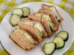 mini-cucumber-sandwiches.jpg