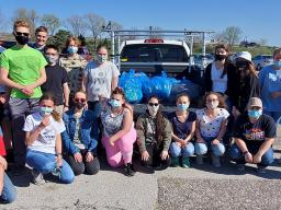 Teen Council picked up litter at Oak Lake Park in spring 2021.