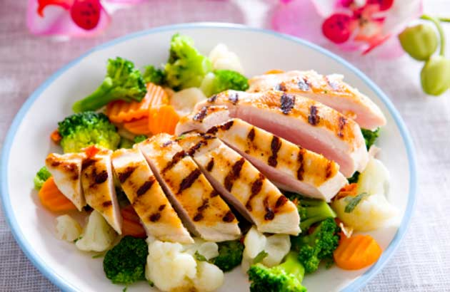 Get recipes and tips at Campus Rec's Cooking For One class.