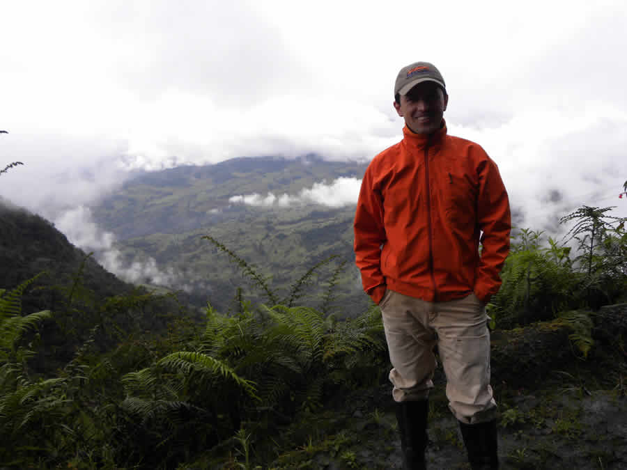 During spring break 2012, Diego Riveros-Iregui traveled to a South American paramo, located above 10,000 feet in the mountains of Colombia.