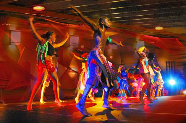 Compagnie de Danse: Jean-Rene Delsoin
