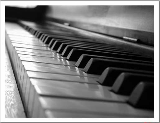 Register now for Community Piano Experience