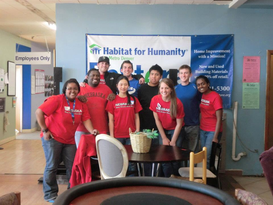 Group photo from a alternative service learning trip during spring break 2012.
