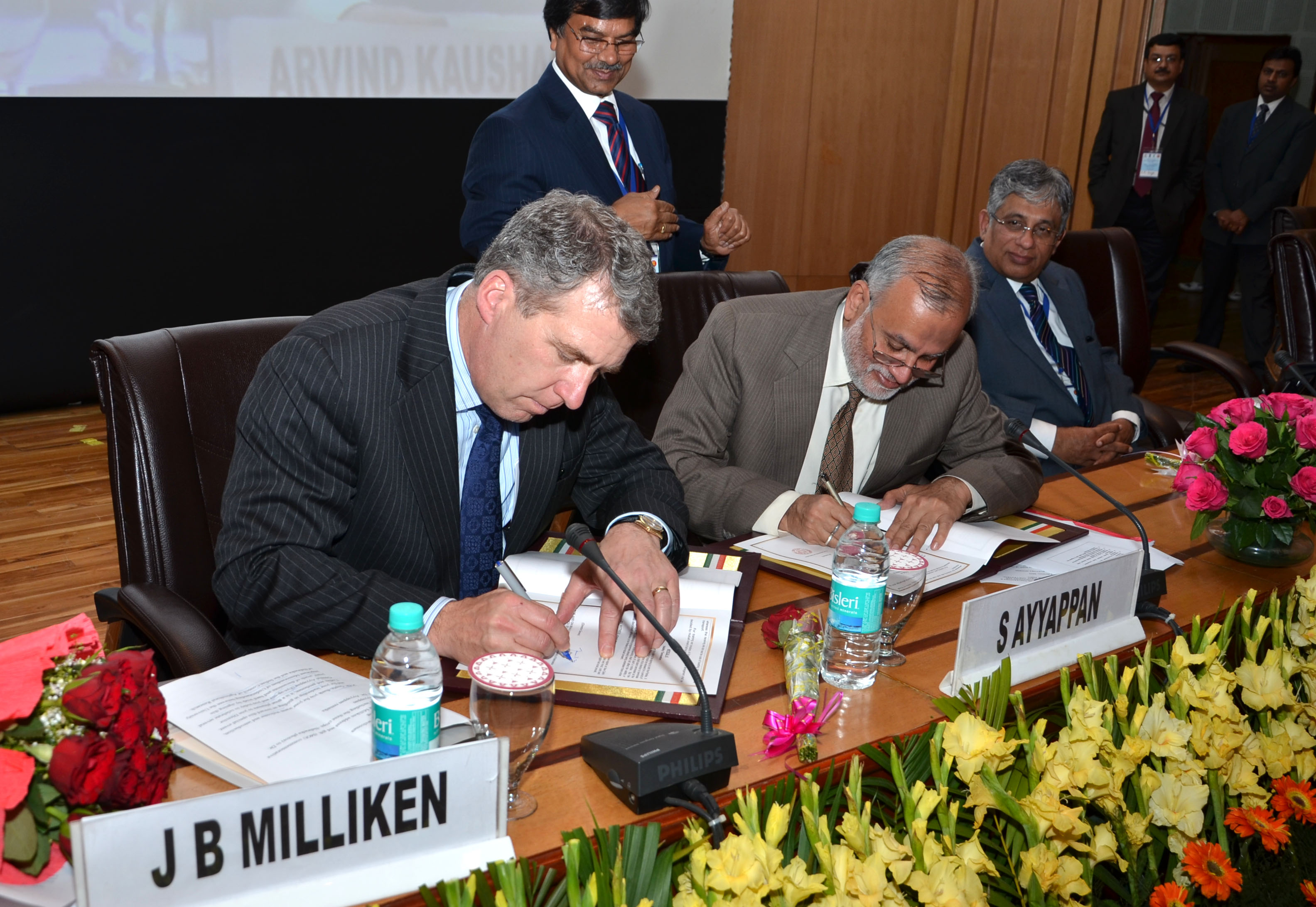 University of Nebraska President James B. Milliken and Dr. S. Ayyappan, Director General of the Indian Council of Agricultural Research, signed the Memorandum of Understanding between the two institutions.