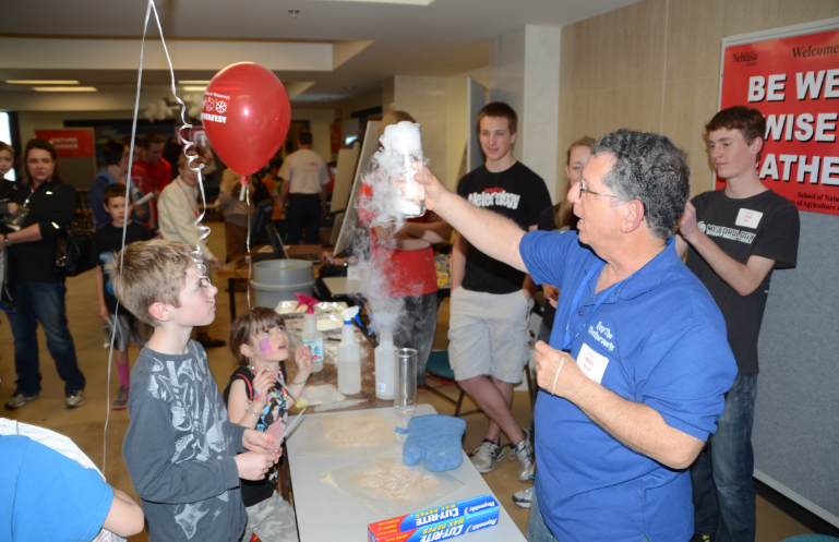 Mike Mogil teaches about atmospheric science at this year's Weatherfest.