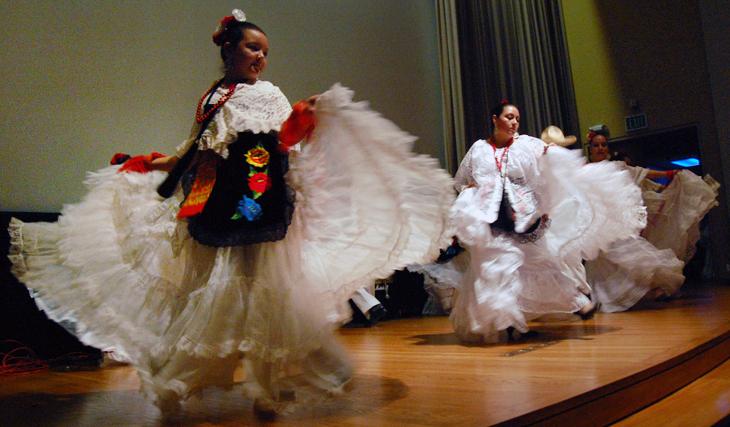 Dancers at Sheldon's Día de los Muertos celebration 2012.
