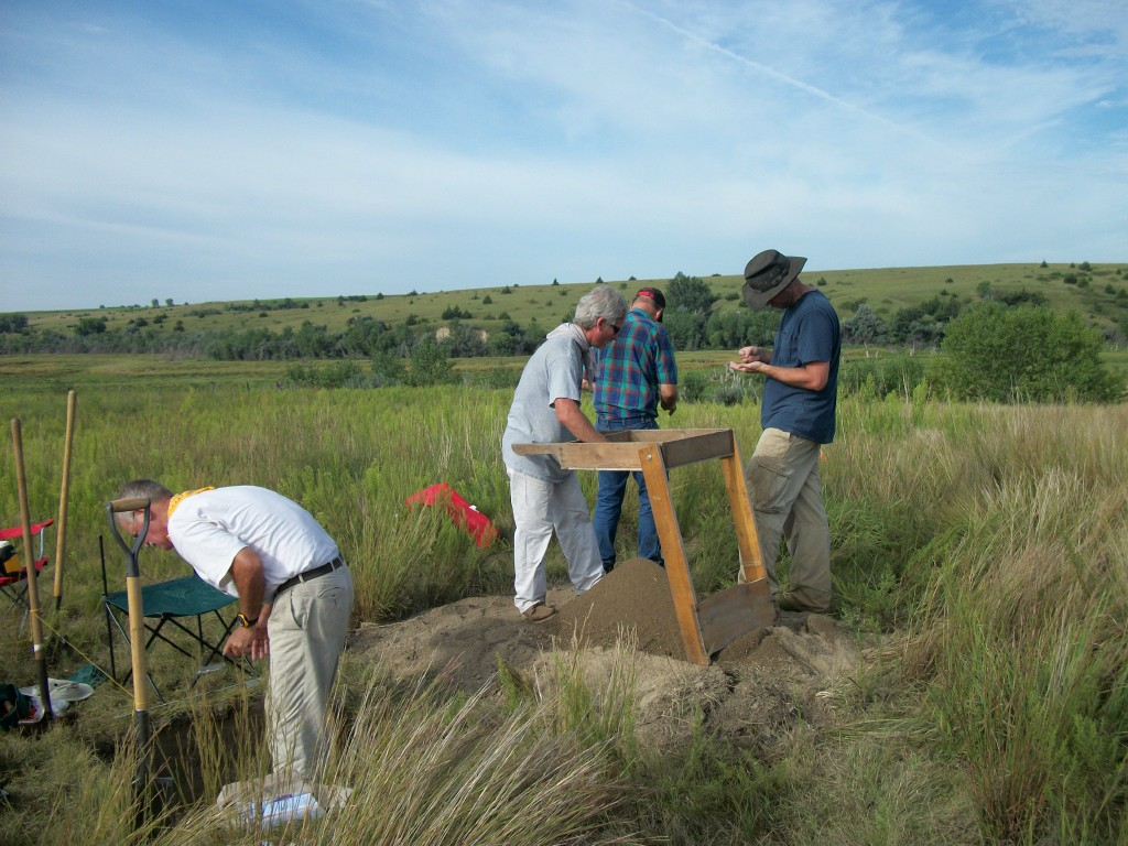 Archaeological field crew members conduct systematic, small-scaled excavations near Spring Creek in Frontier County, Nebraska. From left: Bruce Jones and the crew members are Bill Altizer, Steve Reynolds, and Les Hossick (UNSM Courtesy Photo)