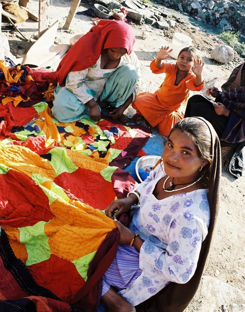 Women and children in the Kathmandu beggars camp
