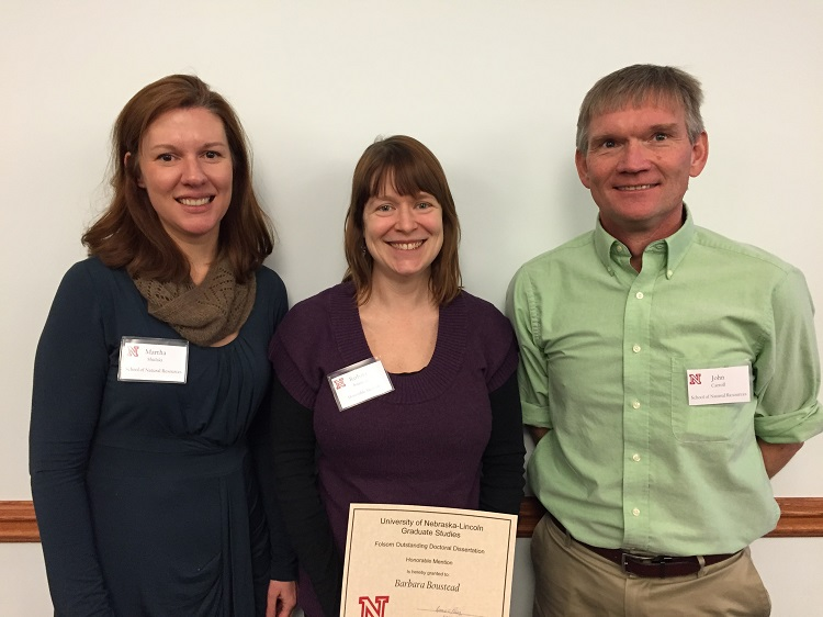 Barbara Boustead (center) with adviser Martha Shulski and SNR director John Carroll. (Courtesy photo)