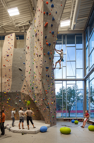 Free Climbing For Unl Students At Outdoor Adventures