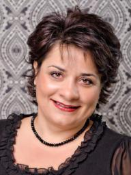 Dr. Helen Abdali Soosan Fagan