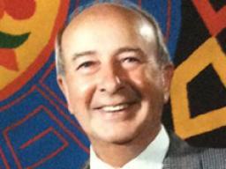 Lewis Lehr.