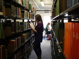 Request the acquisition of books from the university Libraries.