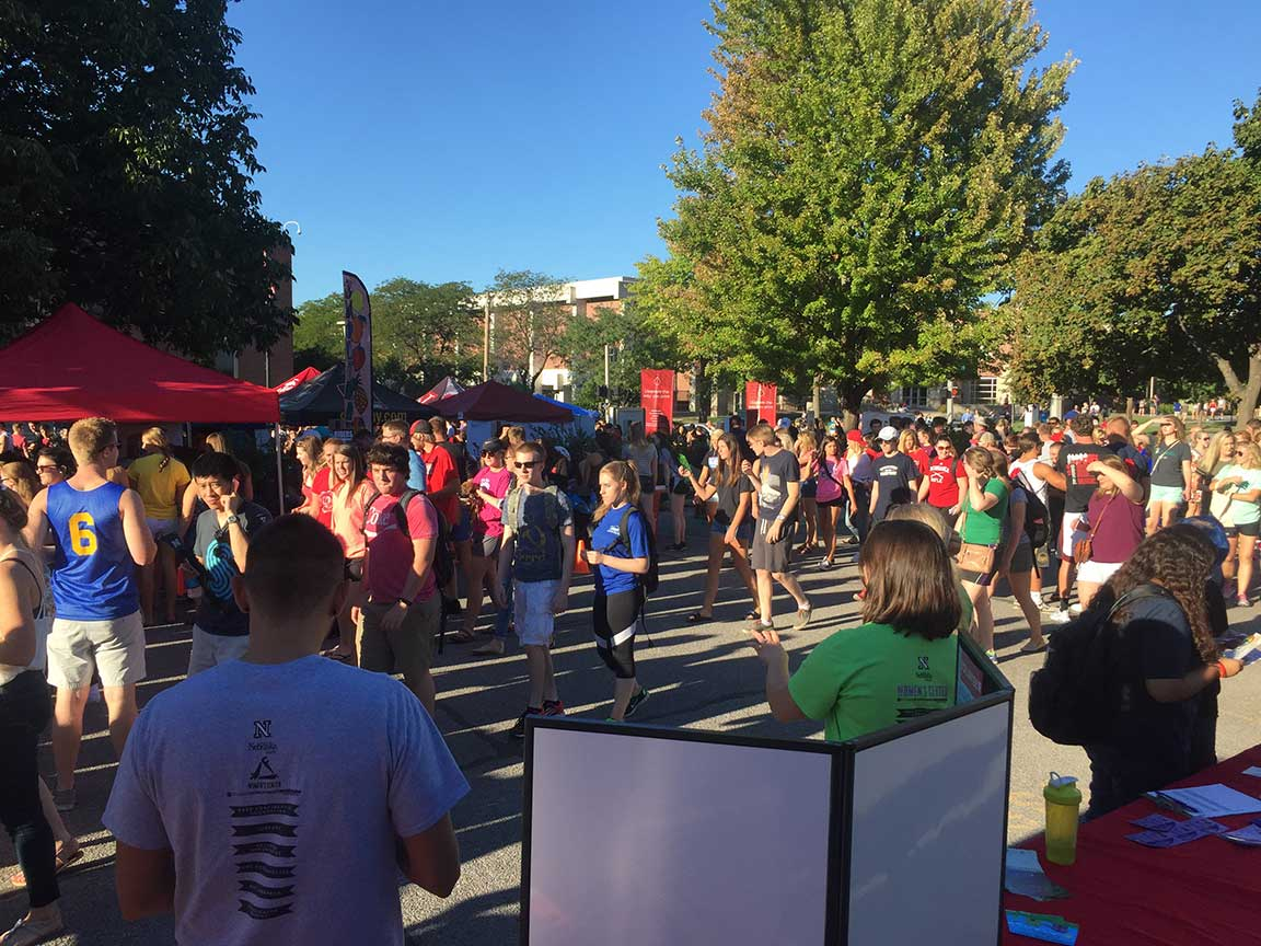 Big Red Welcome Street Festival 2016