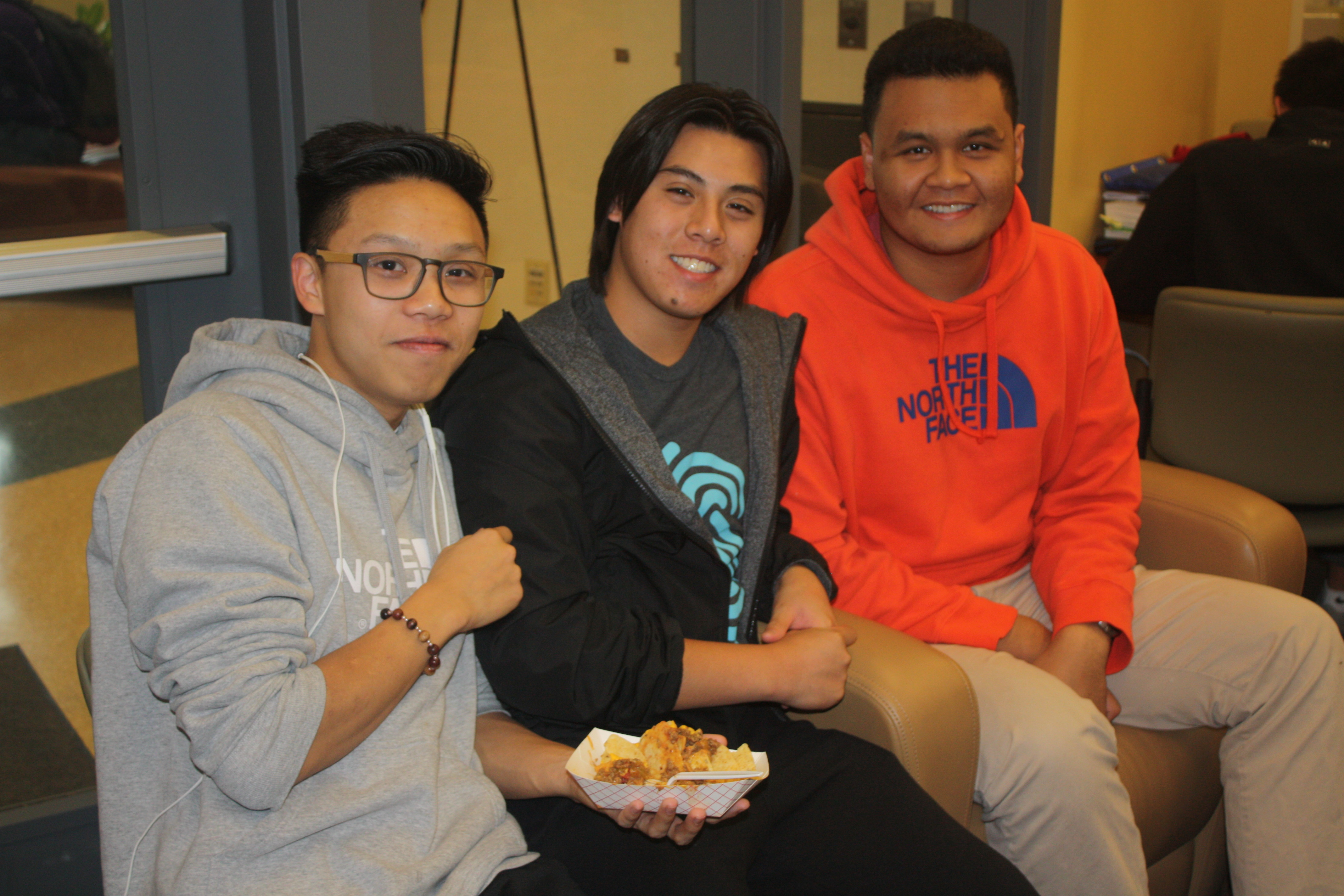 Students attend Dish It Up in the Jackie Gaughan Multicultural Center.