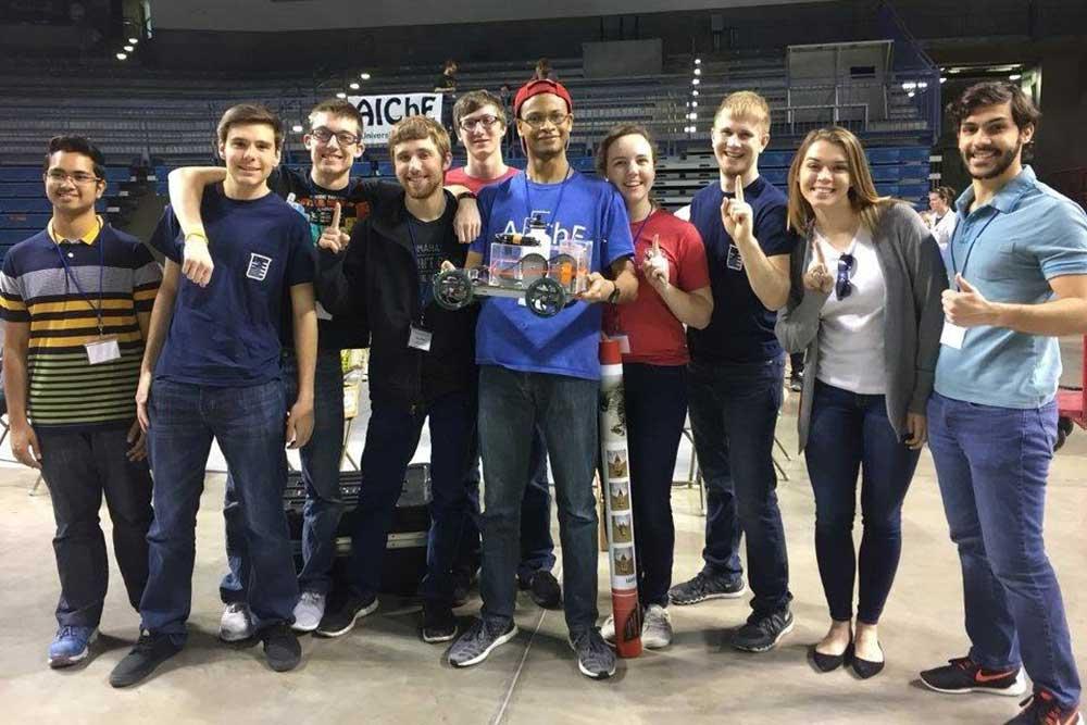 AIChE team takes 10th at national Chem-E-Car competition.