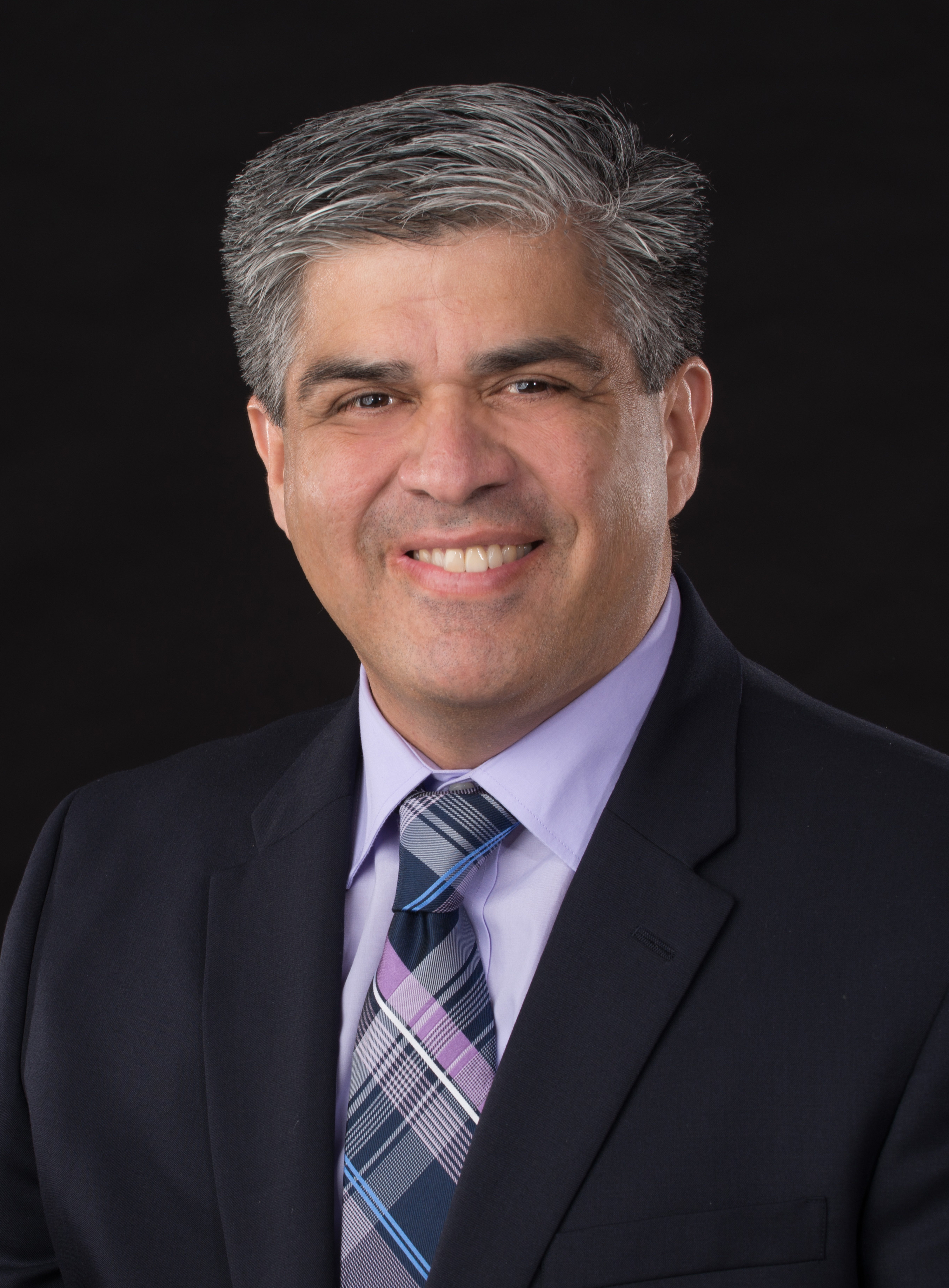Dr. Sergio Ruiz