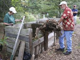 Composting Demo MG 2016 - 11.jpg