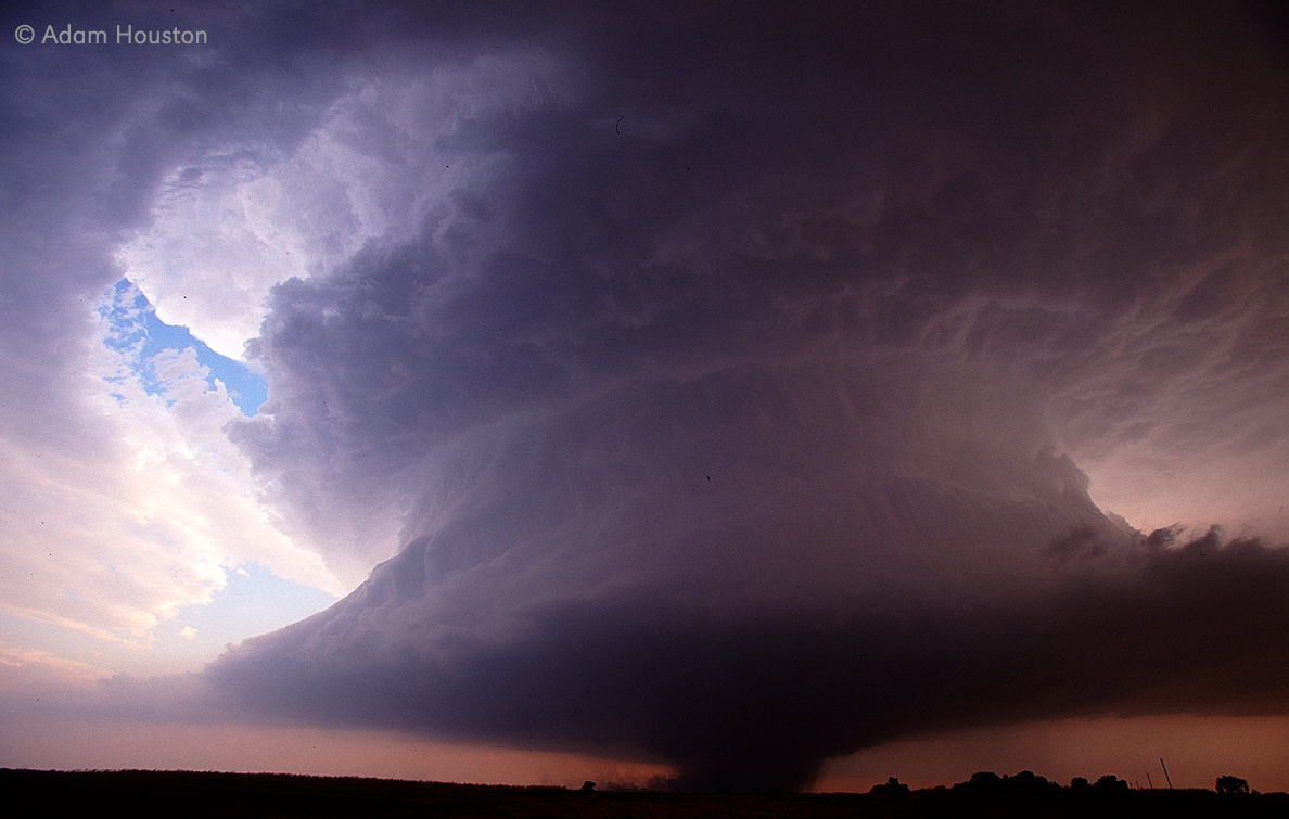 Tornadic supercell in southern Kansas, May 29, 2004. Photo by Adam Houston, Earth and Atmospheric Sciences